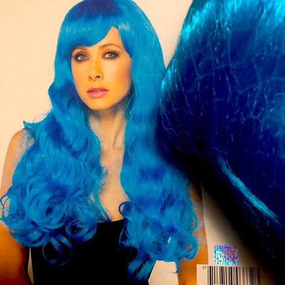 Leg Avenue Starbright Long Wavy Blue Wig